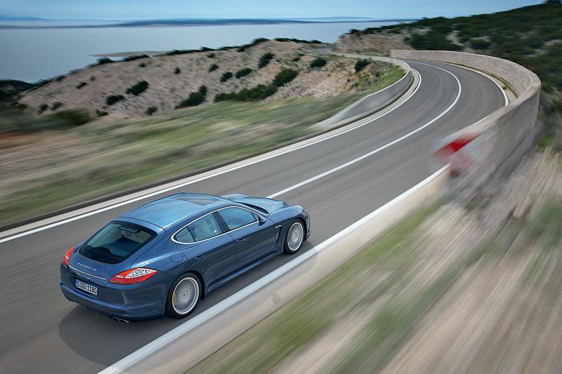 Porsche: prodejní úspěchy současnosti i minulosti: - fotka 49