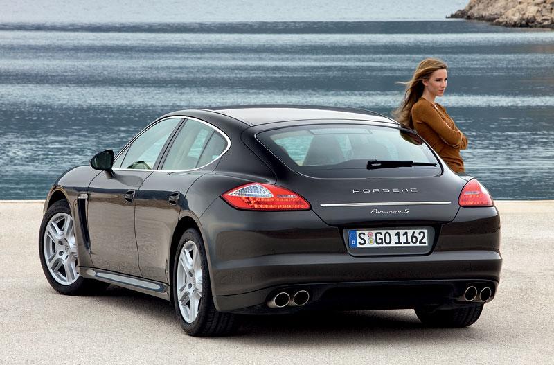 Porsche: prodejní úspěchy současnosti i minulosti: - fotka 53