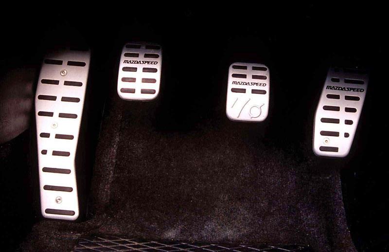 Pod lupou: Mazda MX-5 – Dvacet let s větrem ve vlasech (Díl druhý): - fotka 13