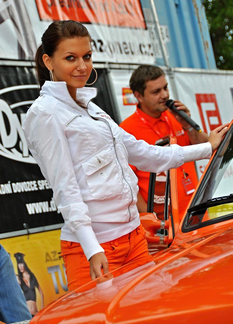AZ pneu Tuning Cup 2010: Dostihový dvojboj: - fotka 6