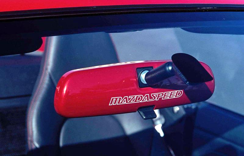 Pod lupou: Mazda MX-5 – Dvacet let s větrem ve vlasech (Díl druhý): - fotka 33