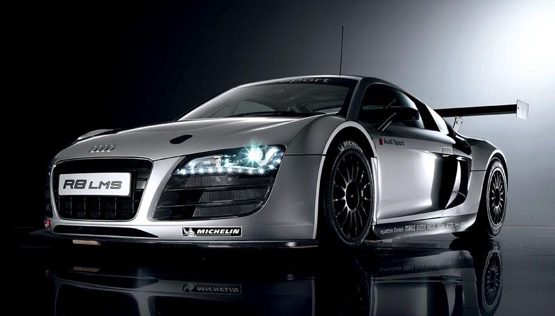 Audi R8 LMS: sedm vozů na 24 hodin Nürburgringu: - fotka 1