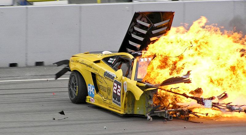 FIA GT: ošklivá havárie při závodě v Brně: - fotka 1