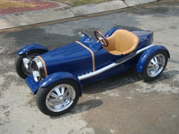 Harrington Group: Bugatti, Porsche a další klasici nejen pro děti: - fotka 1