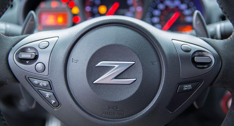 I ty, Nismo? Nissan 370Z bude z audiosystému pouštět falešný zvuk motoru: - fotka 1