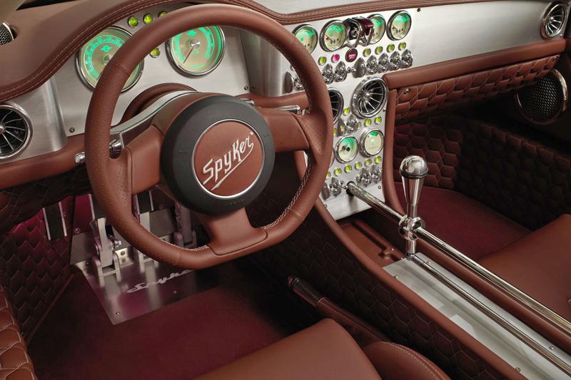 Spyker C8 Preliator: Evoluce namísto revoluce: - fotka 2