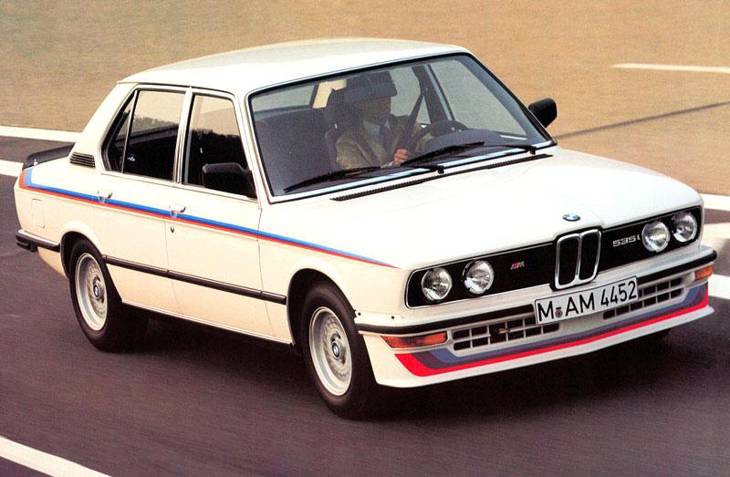 Pod lupou: BMW M5 - Bavorský dálniční expres: - fotka 3