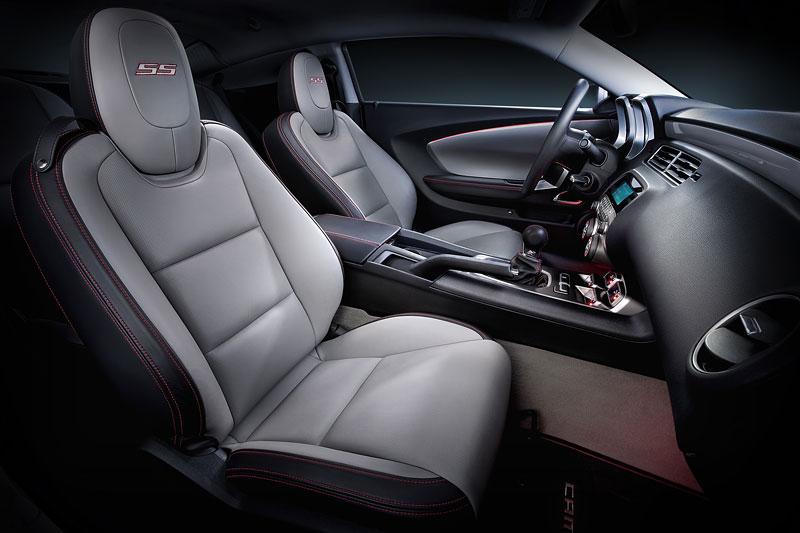SEMA 2010: Chevrolet Camaro SSX Track Car Concept ...a ti druzí: - fotka 3