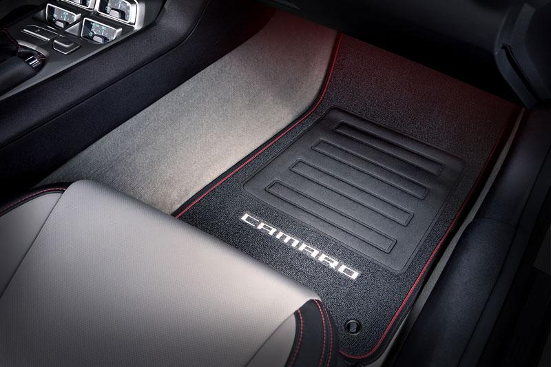 SEMA 2010: Chevrolet Camaro SSX Track Car Concept ...a ti druzí: - fotka 4