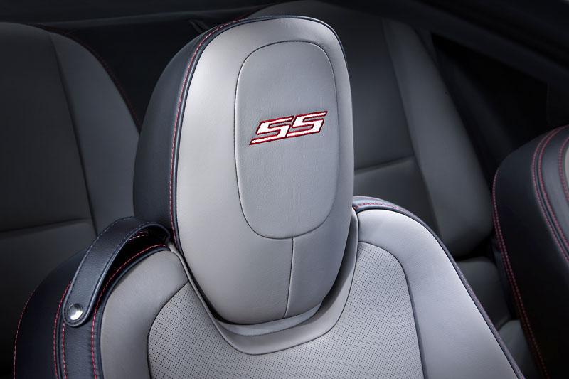 SEMA 2010: Chevrolet Camaro SSX Track Car Concept ...a ti druzí: - fotka 5
