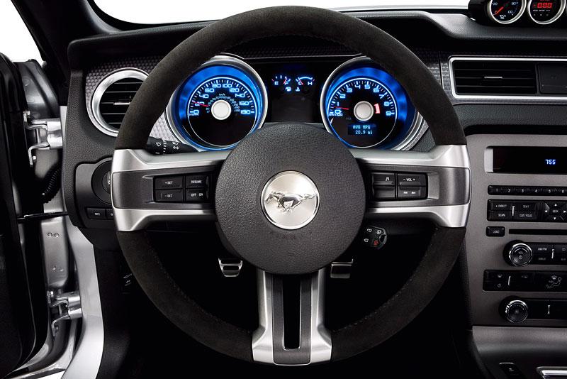 Ford Mustang Boss 302: legenda opět na scéně: - fotka 10