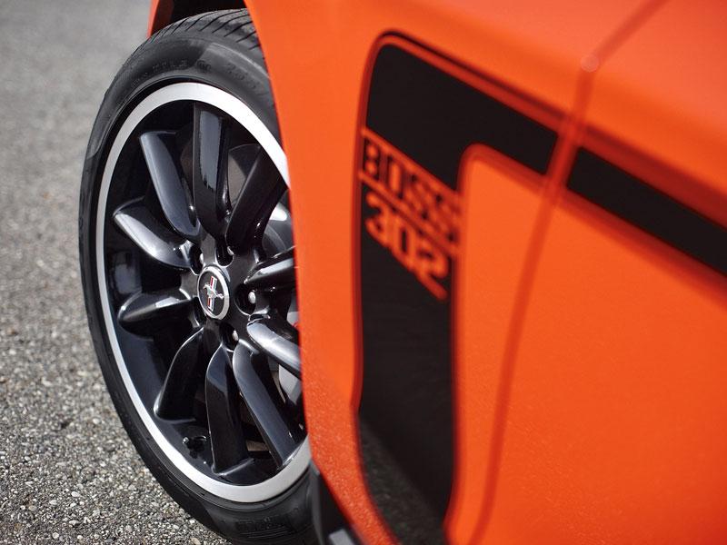 Ford Mustang Boss 302: Megagalerie legendy: - fotka 27