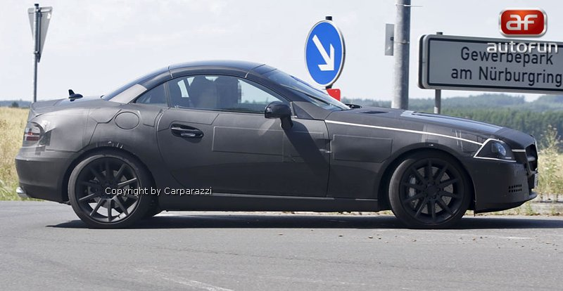 Spy Photos: Mercedes-Benz SLK 35 AMG (63 AMG?): - fotka 8