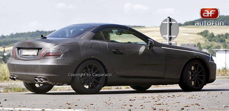 Spy Photos: Mercedes-Benz SLK 35 AMG (63 AMG?): - fotka 10