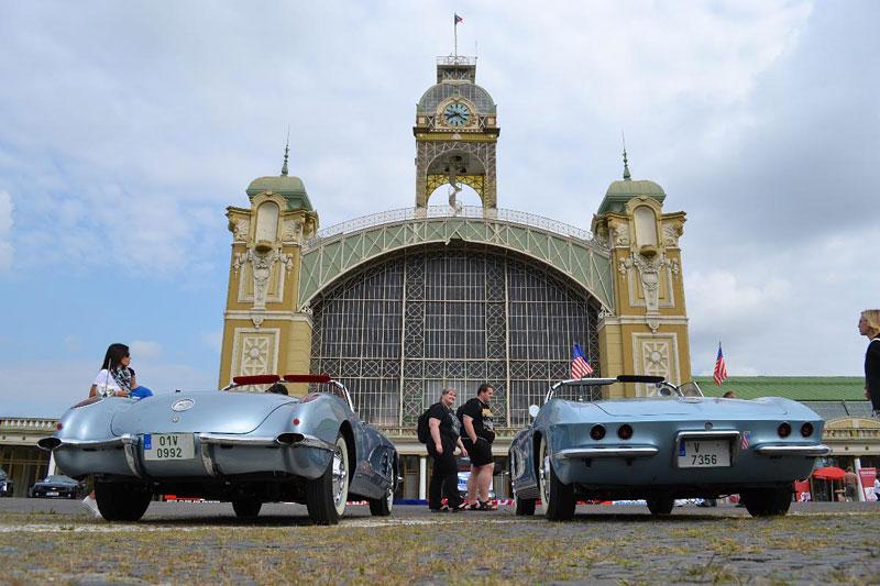 Corvette sraz Praha 2012: velká fotogalerie: - fotka 26