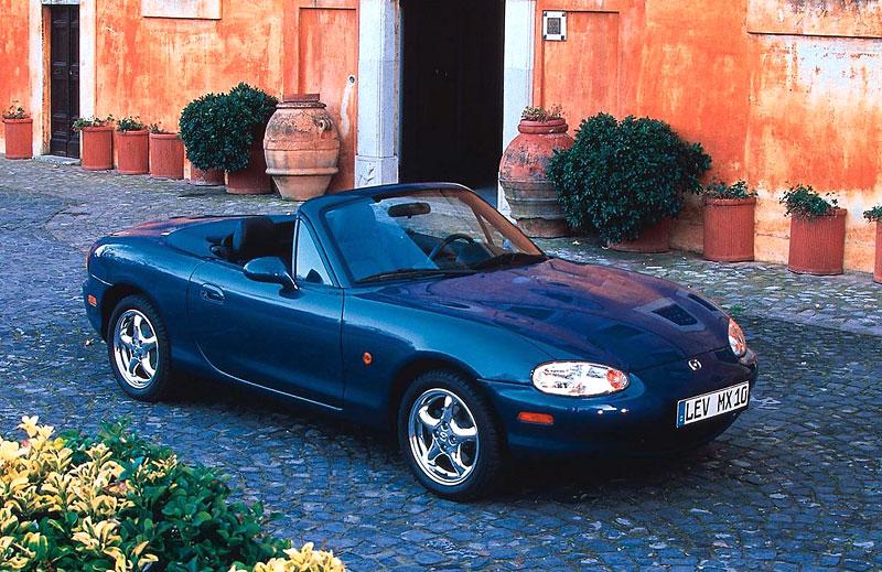 Pod lupou: Mazda MX-5 – Dvacet let s větrem ve vlasech (Díl druhý): - fotka 38