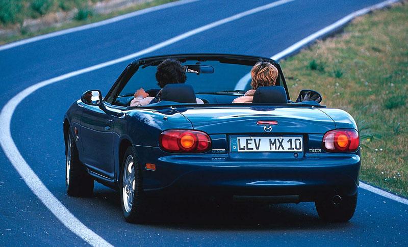 Pod lupou: Mazda MX-5 – Dvacet let s větrem ve vlasech (Díl druhý): - fotka 44
