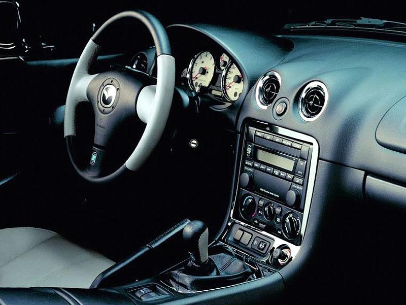 Pod lupou: Mazda MX-5 – Dvacet let s větrem ve vlasech (Díl druhý): - fotka 51