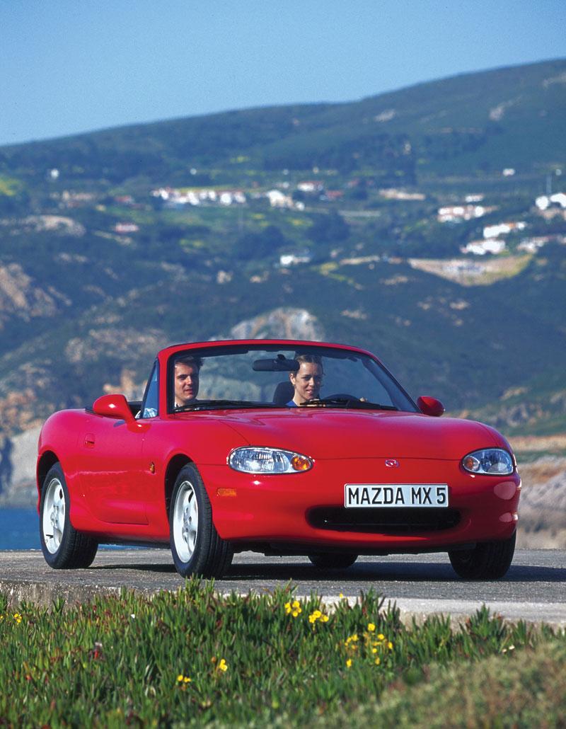 Pod lupou: Mazda MX-5 – Dvacet let s větrem ve vlasech (Díl druhý): - fotka 65