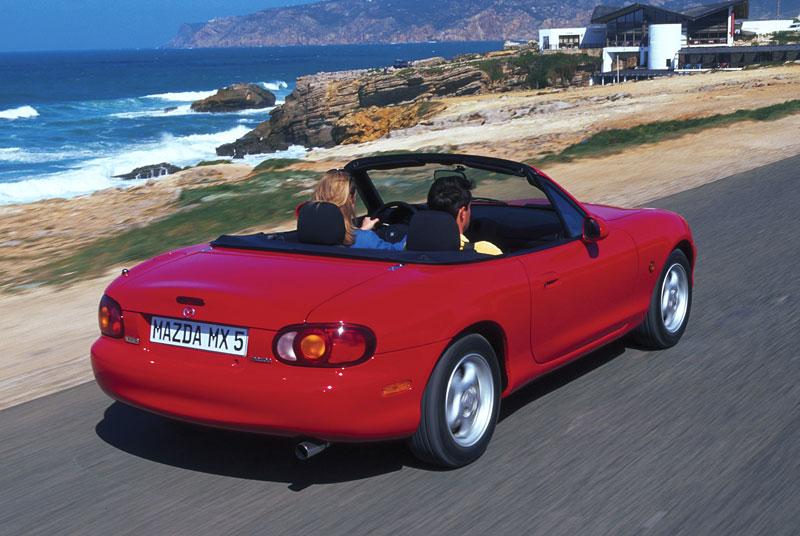 Pod lupou: Mazda MX-5 – Dvacet let s větrem ve vlasech (Díl druhý): - fotka 76