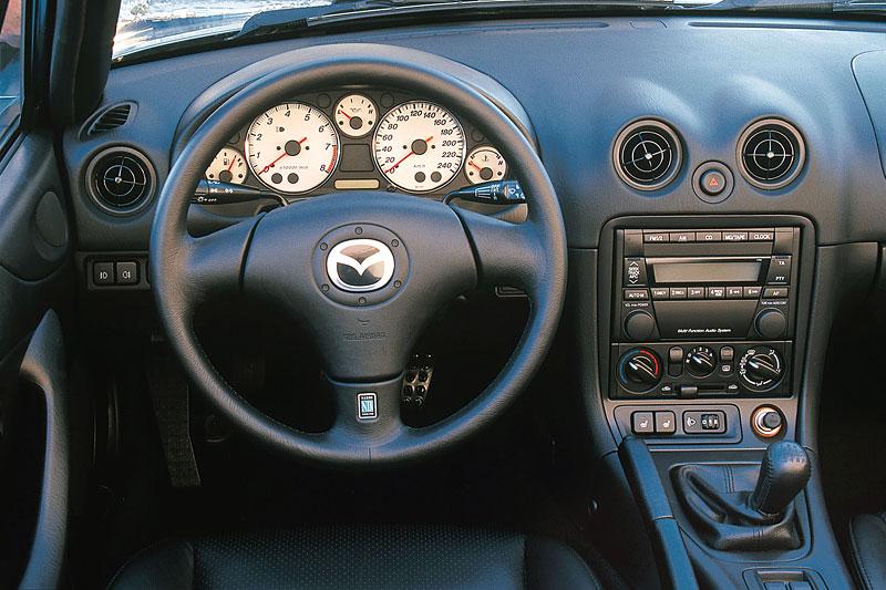 Pod lupou: Mazda MX-5 – Dvacet let s větrem ve vlasech (Díl druhý): - fotka 93