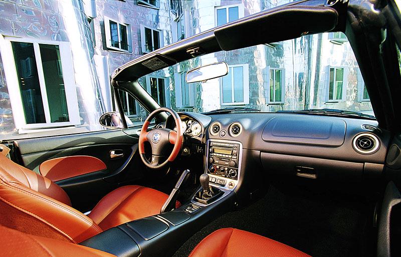 Pod lupou: Mazda MX-5 – Dvacet let s větrem ve vlasech (Díl druhý): - fotka 95