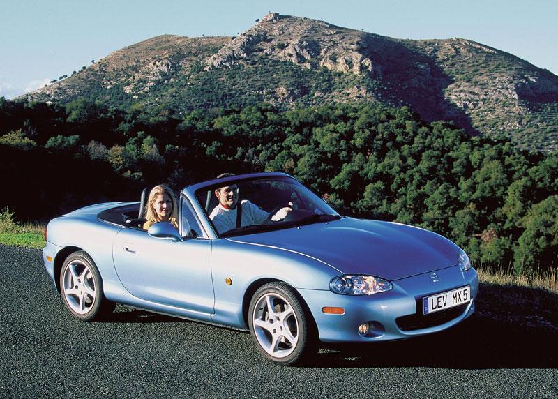 Pod lupou: Mazda MX-5 – Dvacet let s větrem ve vlasech (Díl druhý): - fotka 101