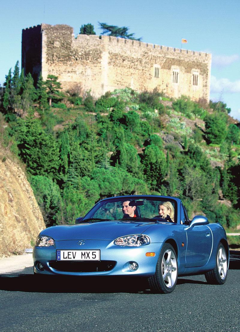 Pod lupou: Mazda MX-5 – Dvacet let s větrem ve vlasech (Díl druhý): - fotka 102