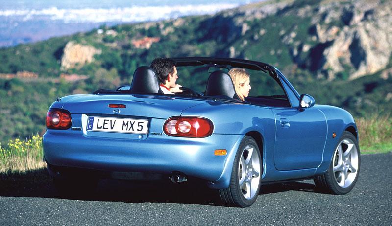Pod lupou: Mazda MX-5 – Dvacet let s větrem ve vlasech (Díl druhý): - fotka 110