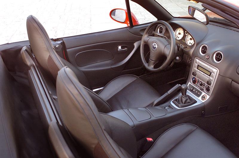 Pod lupou: Mazda MX-5 – Dvacet let s větrem ve vlasech (Díl druhý): - fotka 122