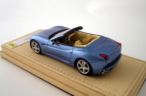 Ferrari představuje California Collection: - fotka 2