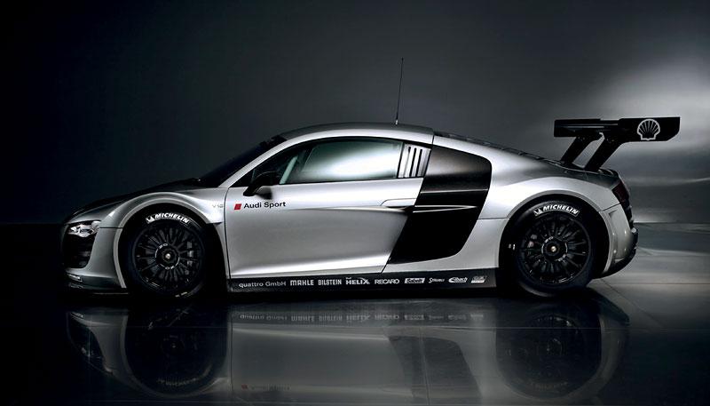 Audi R8 LMS: sedm vozů na 24 hodin Nürburgringu: - fotka 2
