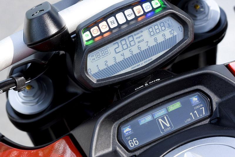 Oficiální představení Ducati Diavel: - fotka 2