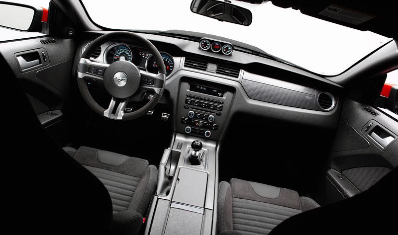 Ford Mustang Boss 302: legenda opět na scéně: - fotka 41