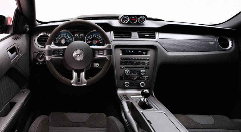 Ford Mustang Boss 302: legenda opět na scéně: - fotka 42