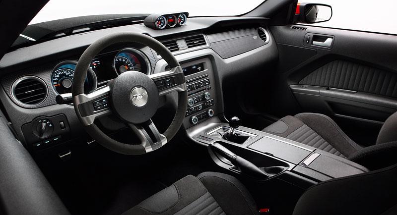 Ford Mustang Boss 302: legenda opět na scéně: - fotka 43