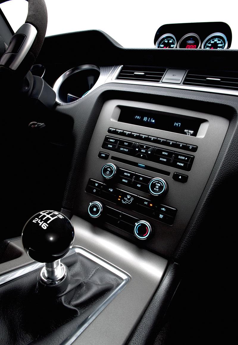 Ford Mustang Boss 302: Megagalerie legendy: - fotka 36