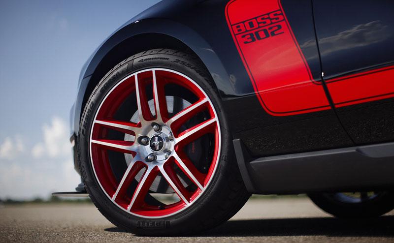 Ford Mustang Boss 302: legenda opět na scéně: - fotka 76