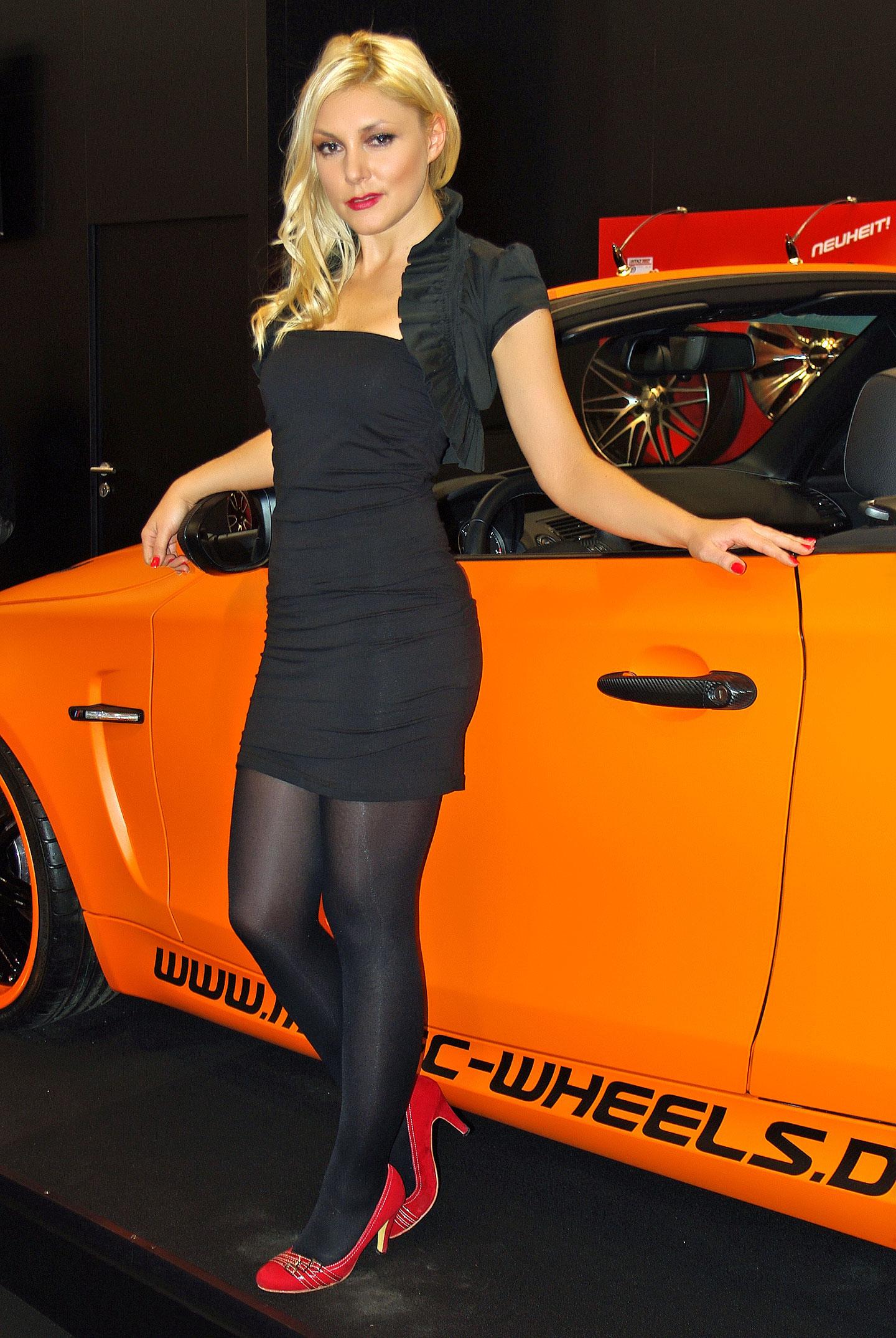 Zakáže Šanghaj autosalonové sexy modelky?: - fotka 22