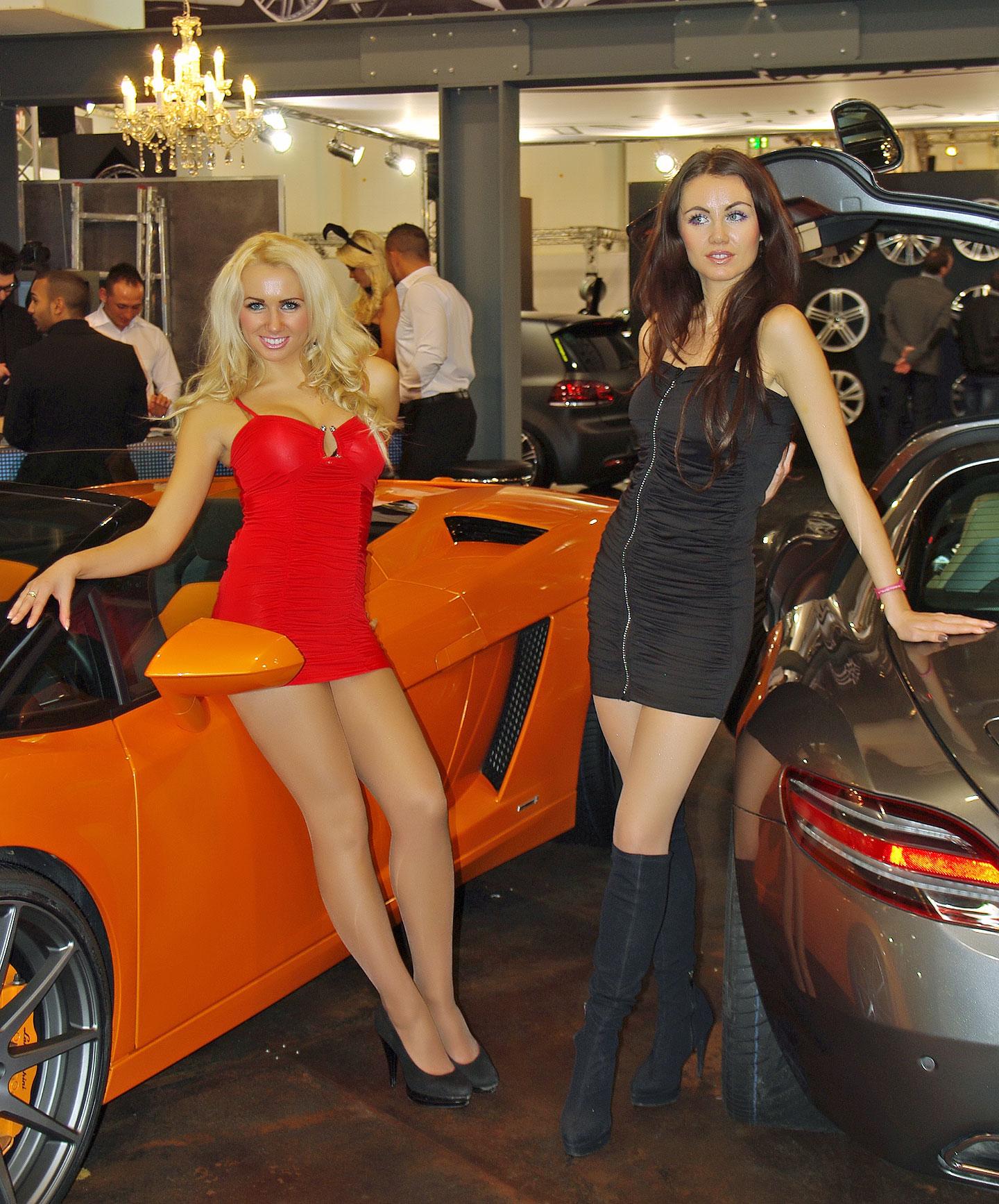 Zakáže Šanghaj autosalonové sexy modelky?: - fotka 25