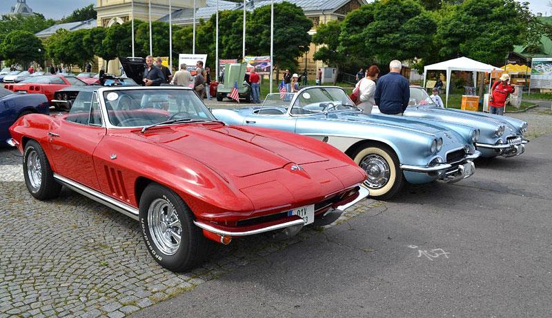 Corvette sraz Praha 2012: velká fotogalerie: - fotka 34