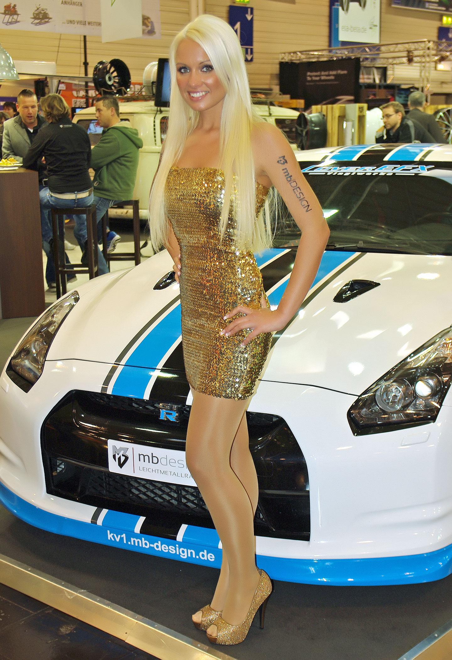 Zakáže Šanghaj autosalonové sexy modelky?: - fotka 26