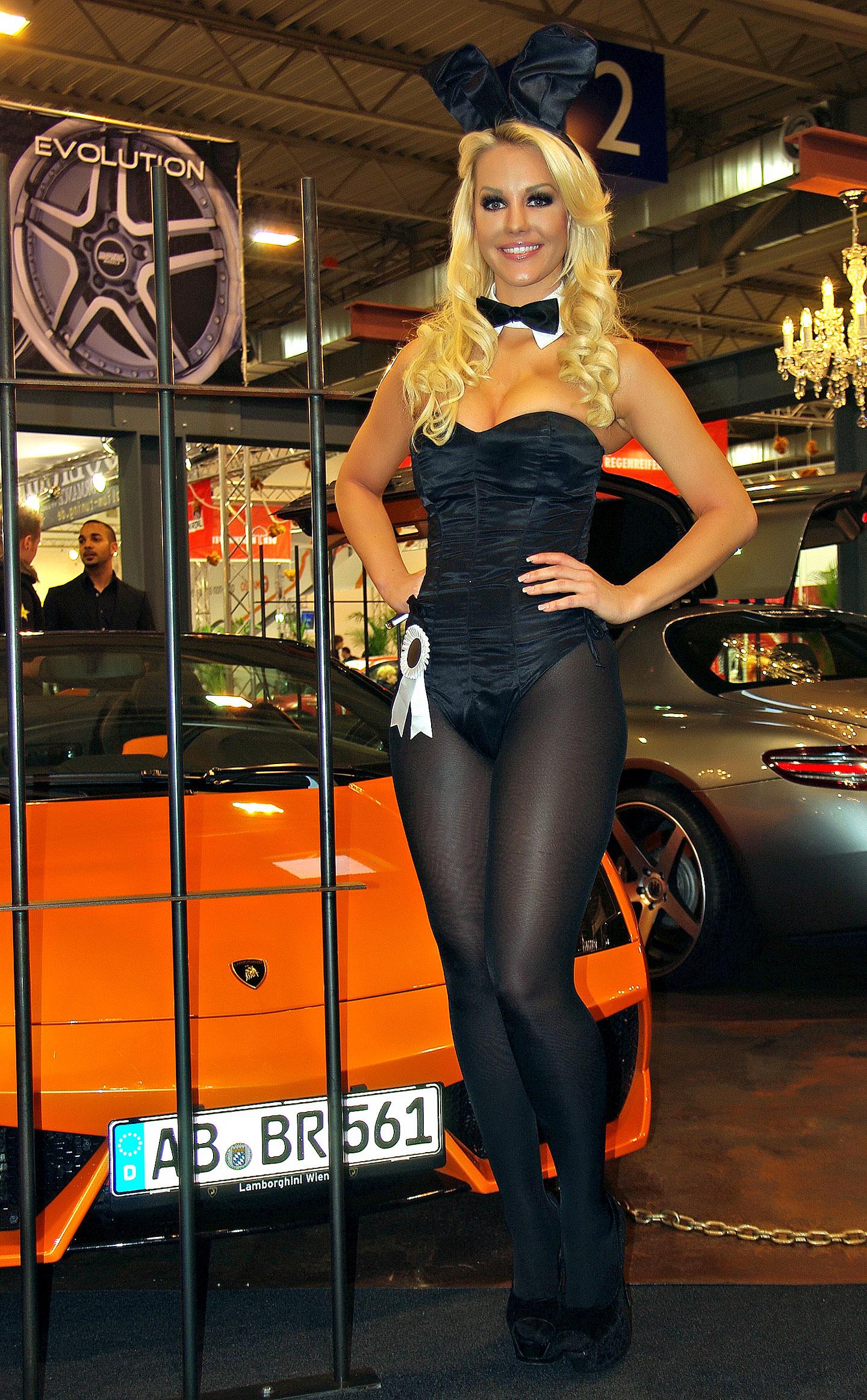 Zakáže Šanghaj autosalonové sexy modelky?: - fotka 29