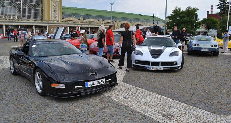 Corvette sraz Praha 2012: velká fotogalerie: - fotka 38