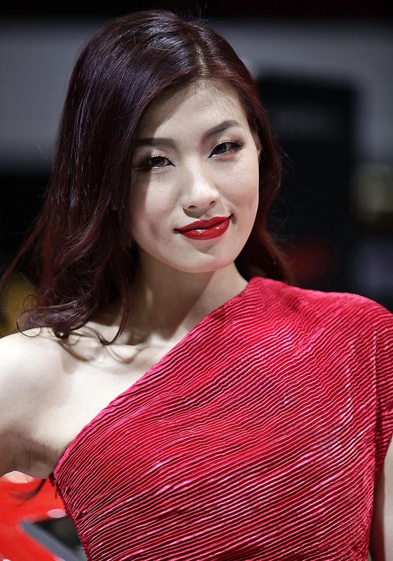 Šanghaj 2011: Babes, díl III.: - fotka 39