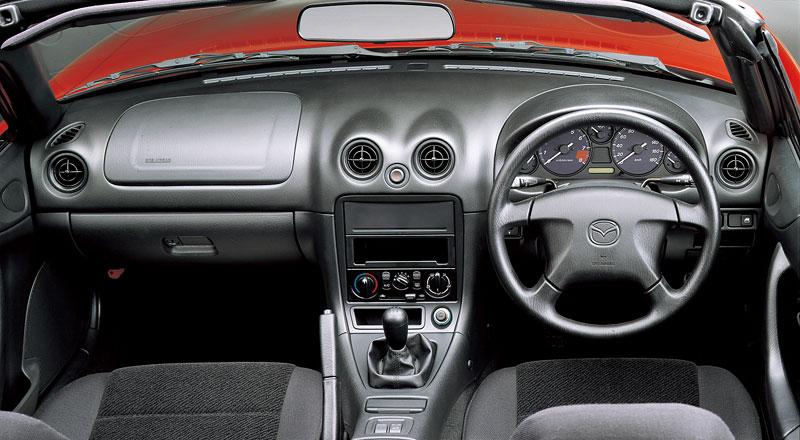 Pod lupou: Mazda MX-5 – Dvacet let s větrem ve vlasech (Díl druhý): - fotka 160
