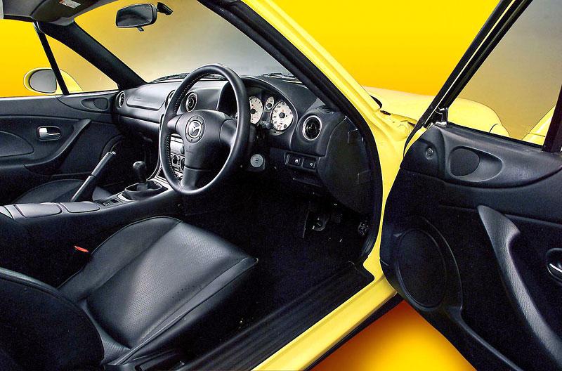 Pod lupou: Mazda MX-5 – Dvacet let s větrem ve vlasech (Díl druhý): - fotka 179