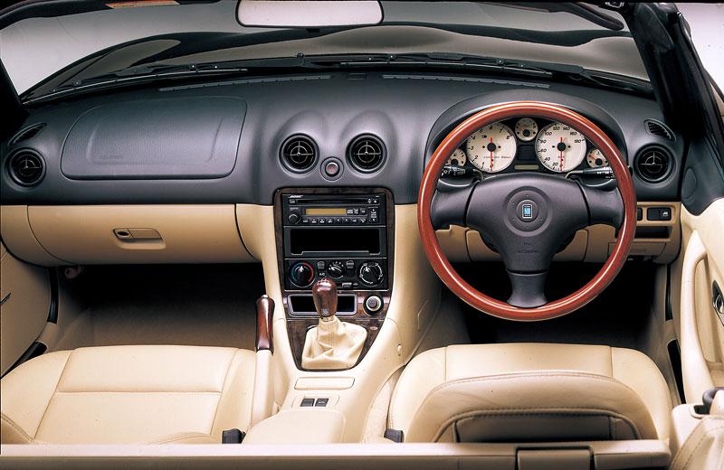 Pod lupou: Mazda MX-5 – Dvacet let s větrem ve vlasech (Díl druhý): - fotka 202