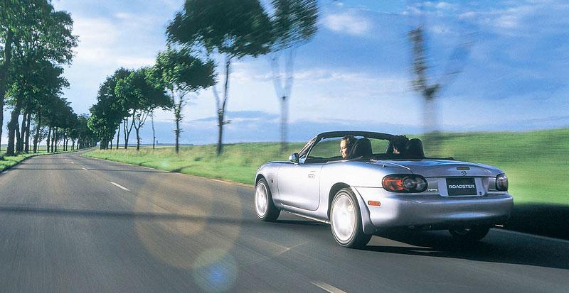 Pod lupou: Mazda MX-5 – Dvacet let s větrem ve vlasech (Díl druhý): - fotka 213