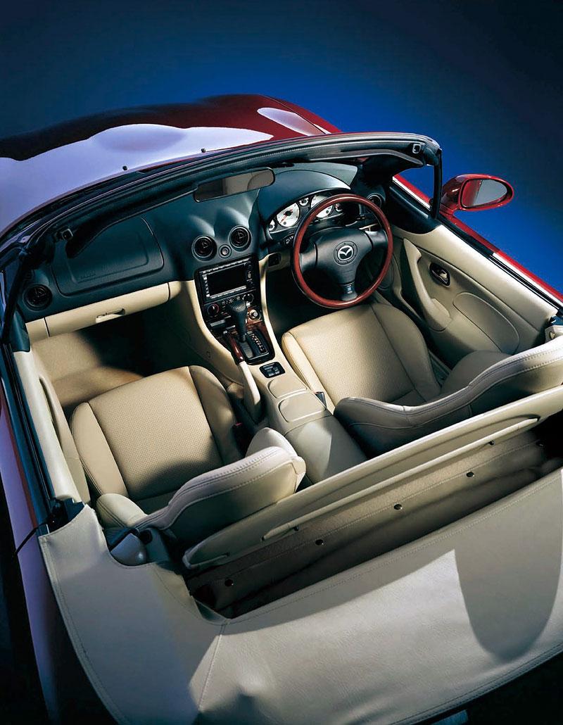 Pod lupou: Mazda MX-5 – Dvacet let s větrem ve vlasech (Díl druhý): - fotka 222